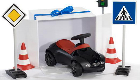 новогодняя коллекция BMW Lifestyle