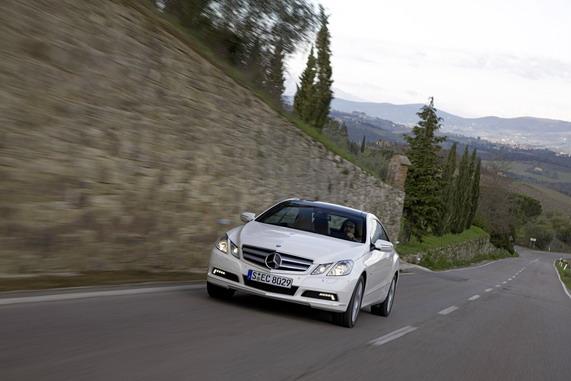 Mercedes-Benz,«Автомобиль года 2010»