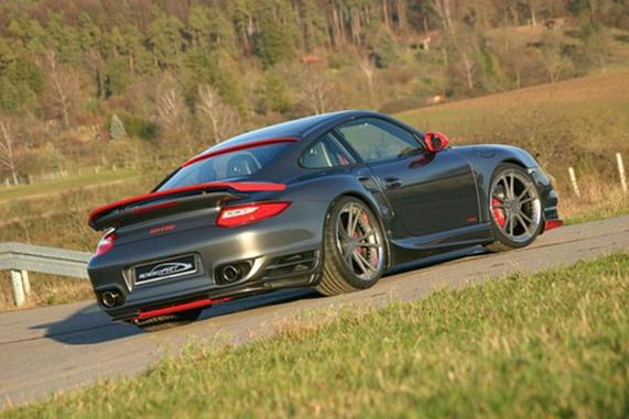Porsche 911 Turbo BTR II 580