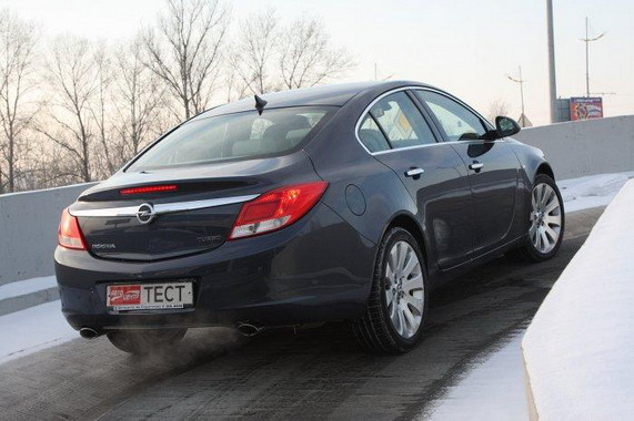 «Автомобиль года в Украине 2010»,Opel Insignia
