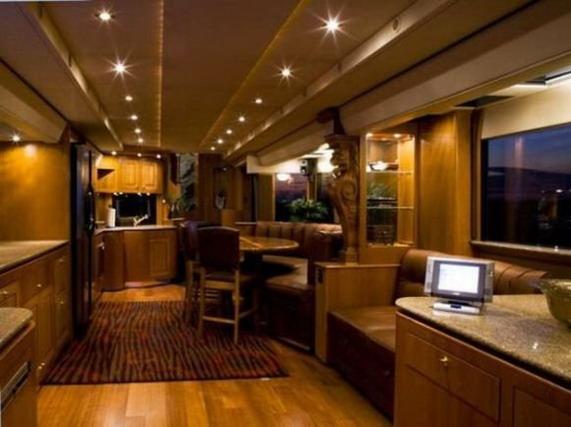 Дом на колесах класса «люкс»