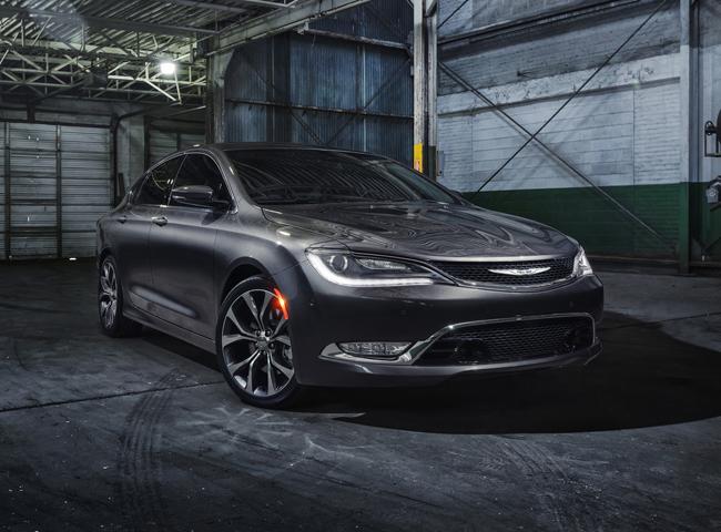 Автосалон в Детройте 2014: новый Chrysler 200