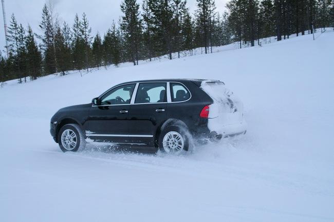 зимние шины Nokian с выдвижным шипом