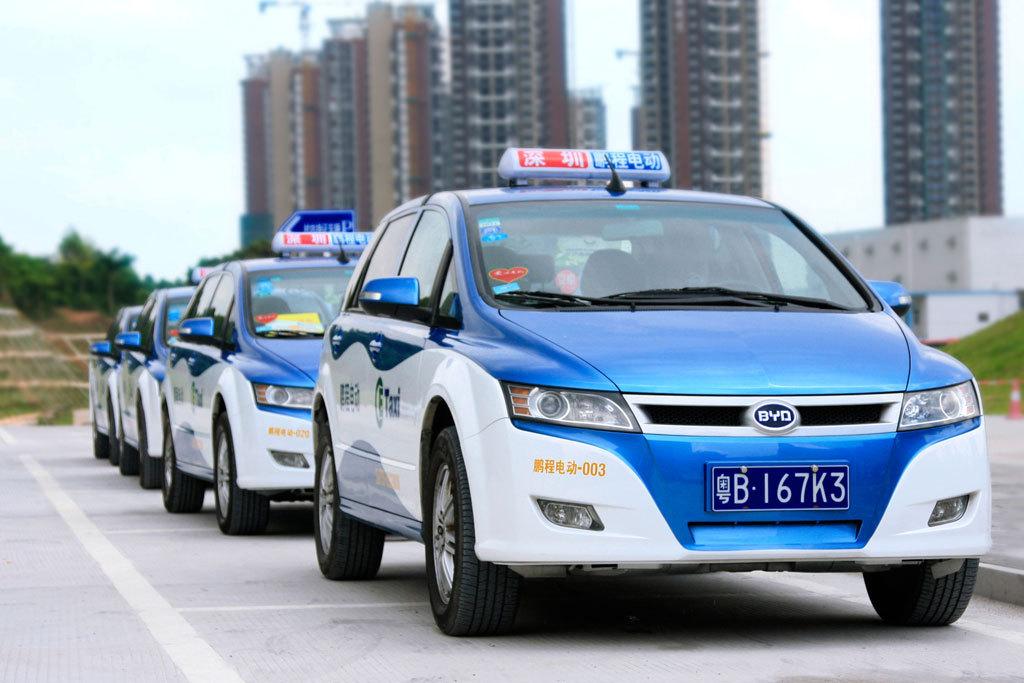 Таксисты Пекина пересядут на электромобили